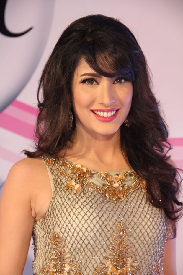 Pakistani Actress Mehwish Hayat Photo Gallery
