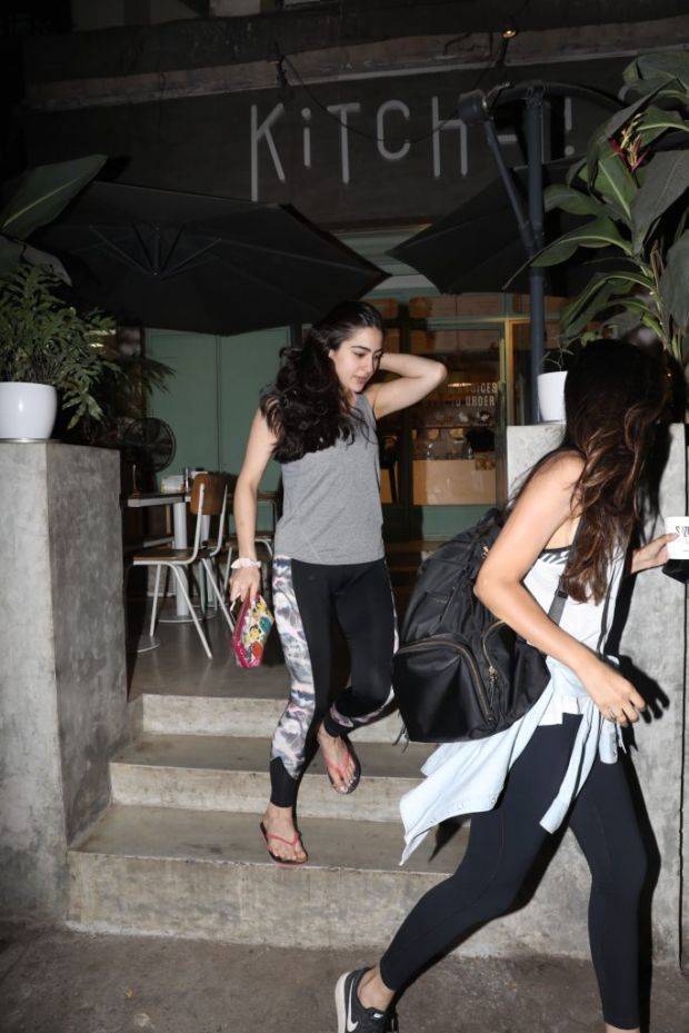 Sara Ali Khan Candids While Going For Shopping