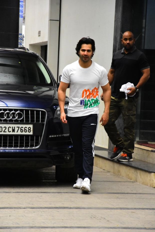 Varun Dhawan's Post Workout Outfit Is Infused With Independence Day Vibes