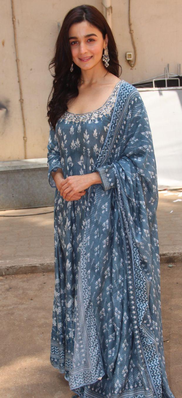 Alia Bhatt Looks Beautiful At The Raazi Promotions