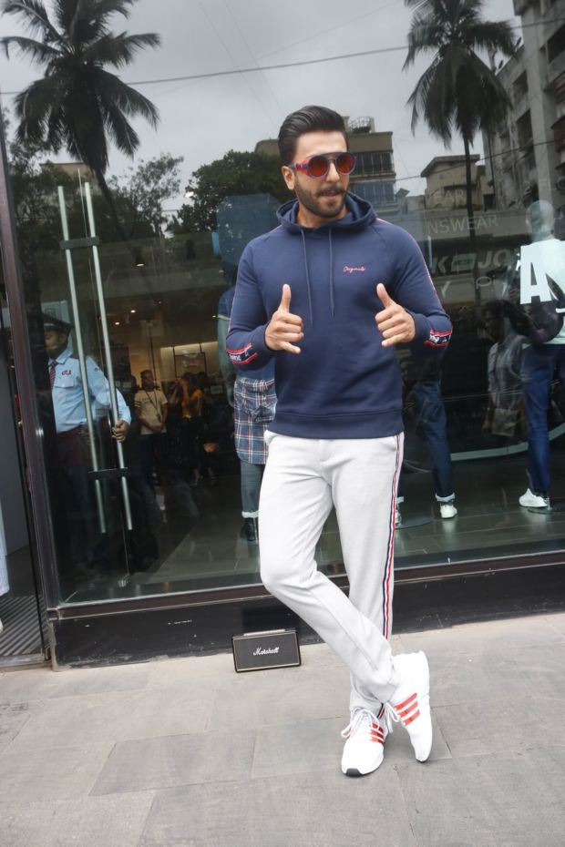 Ranveer Singh Does A Simmba With A Twist!