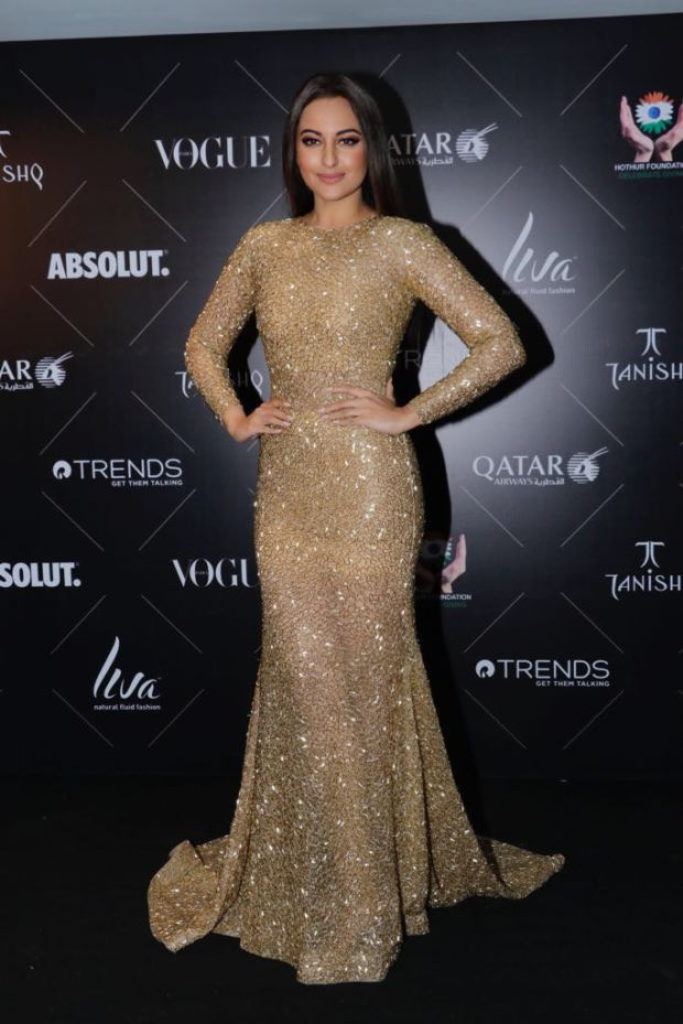 Vogue Beauty 2018: Sonakshi Sinha's Fashion Game Is PURE GOLD!