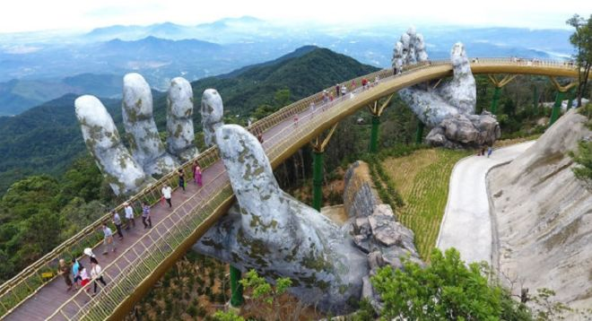 Amazing Golden Bridge On Ban Na Hills In Da Nang, Vietnam