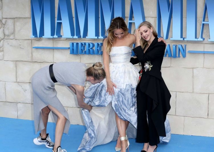 Amanda Seyfried At 'Mamma Mia! Here We Go Again' World Premiere