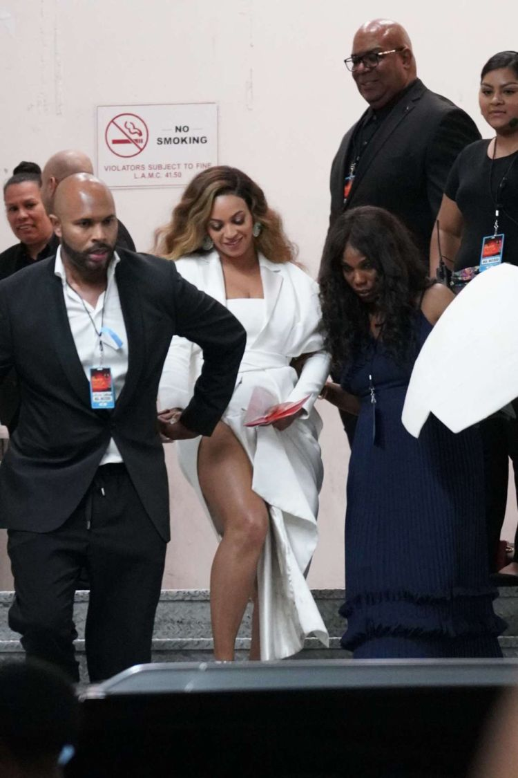 Beyonce Knowles Arrives At NAACP Image Awards In Hollywood