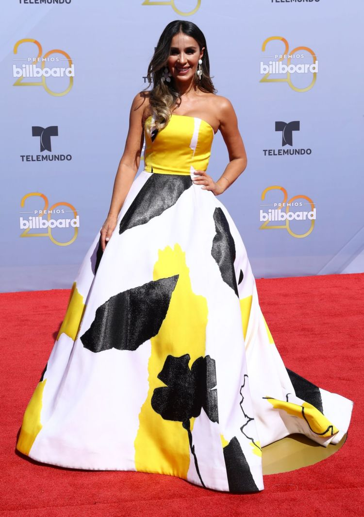 Catherine Siachoque In A Colorful Dress At Billboard Latin Music Awards 2018
