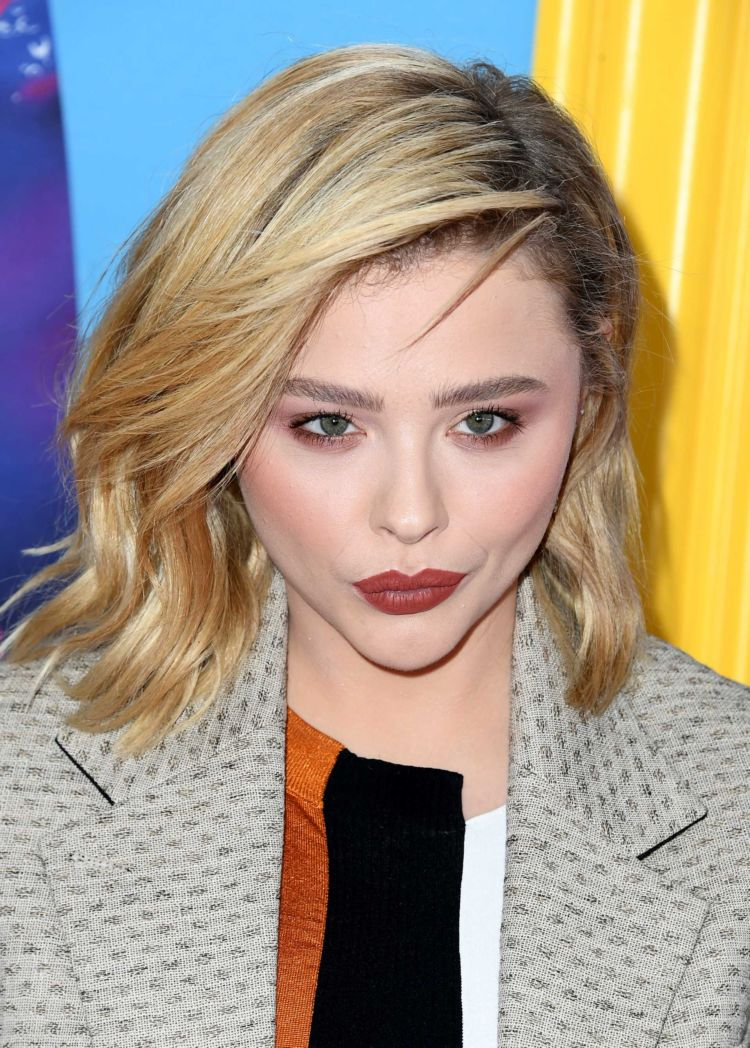 Pretty Chloe Grace Moretz At Teen Choice Awards 2018