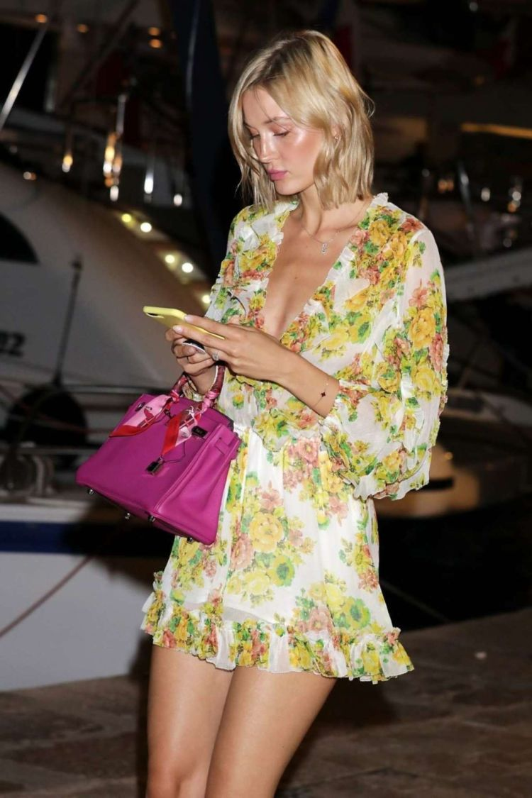 Mandy Bork Out And About Candids In St Tropez