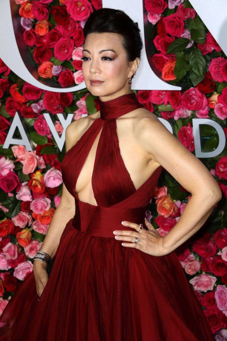 Beautiful Ming-Na Wen Attends 72nd Annual Tony Awards