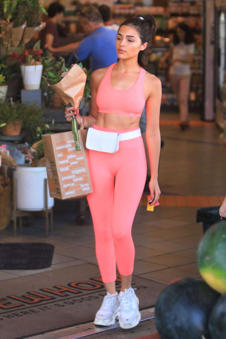 Olivia Culpo Shopping Candids At Erewhon In West Hollywood