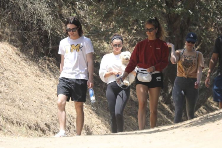 Selena Gomez Out For A Hike With Her Friends And Her New Puppy