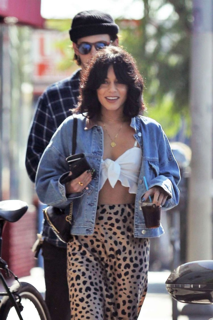 Lovebirds Vanessa Hudgens And Austin Butler Out For A Coffee In LA