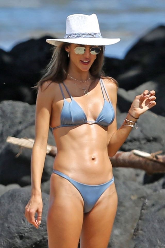 Alessandra Ambrosio Enjoys Her Holiday At The Beach In Hawaii