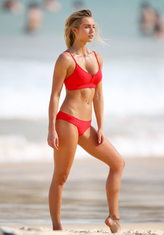 Elyse Knowles Exclusive Bikini Photoshoot On Bondi Beach