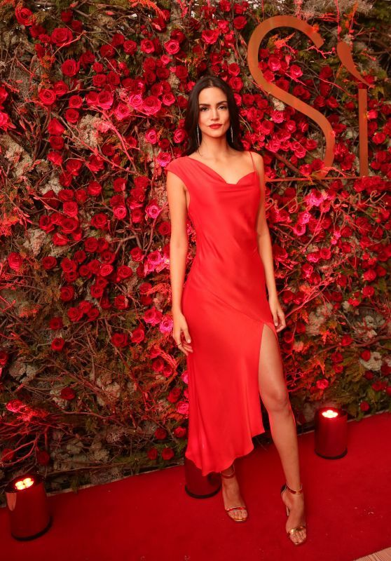 "Sofia Resing Look Gorgeous At Giorgio Armani ""Si Passione"" Launch"