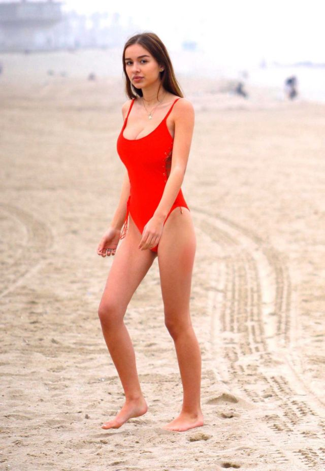 Sophie Mudd In Red Swimsuit On The Beach In Venice