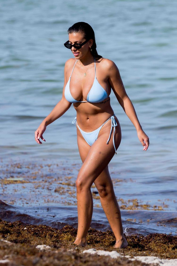 Devin Brugman Spotted With Friends On The Beach