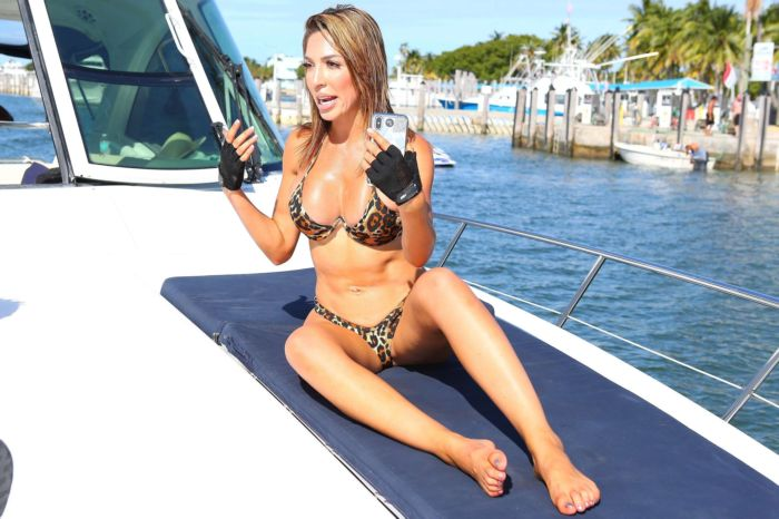 Farrah Abraham Working Out On A Yacht In Florida
