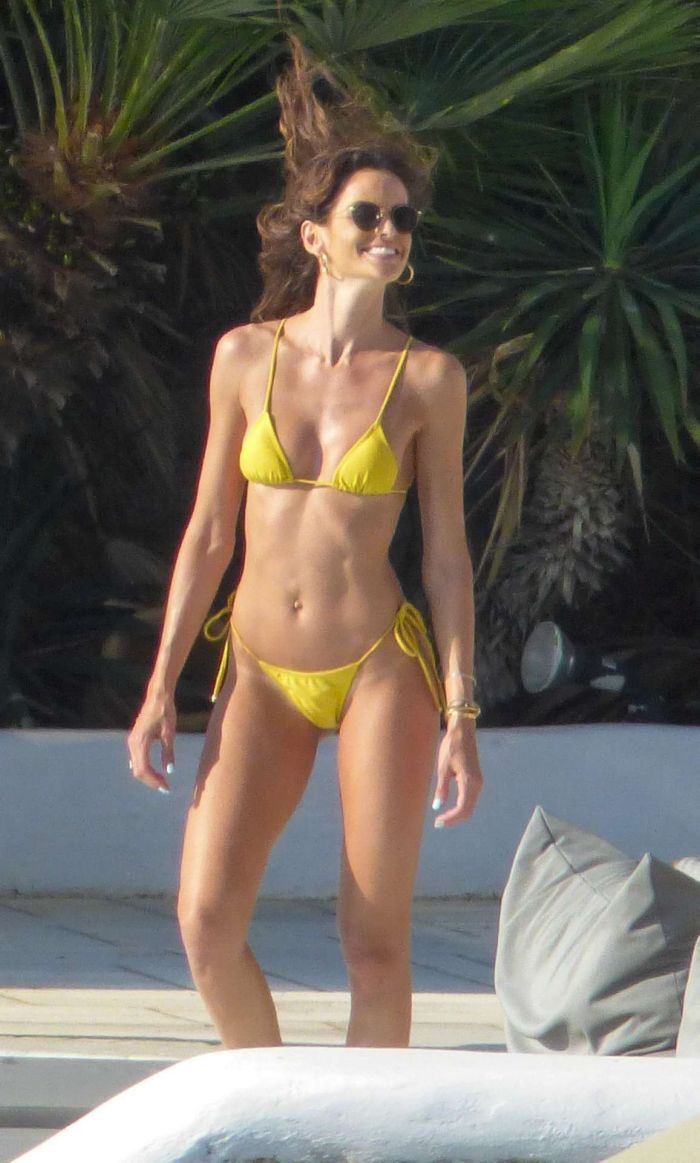 Izabel Goulart On A Bikini Vacation In Mykonos