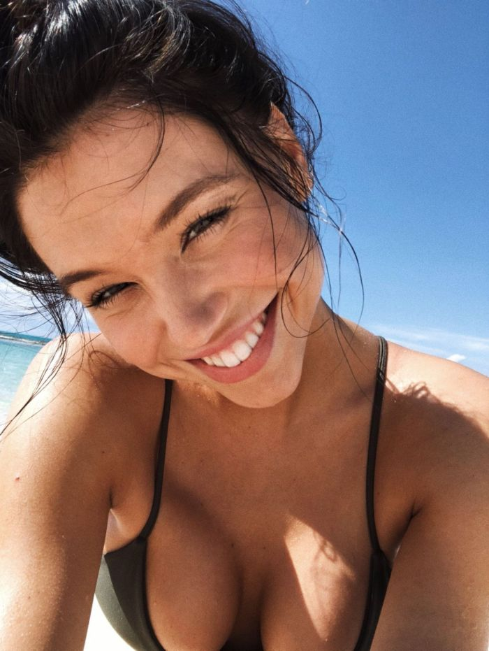 Alexis Ren Shares Bikini Vacation Photos On Insta