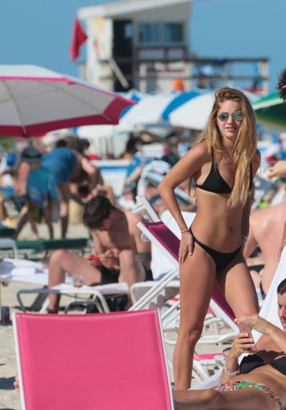 Madison Louch In A Black Bikini At Miami Beach